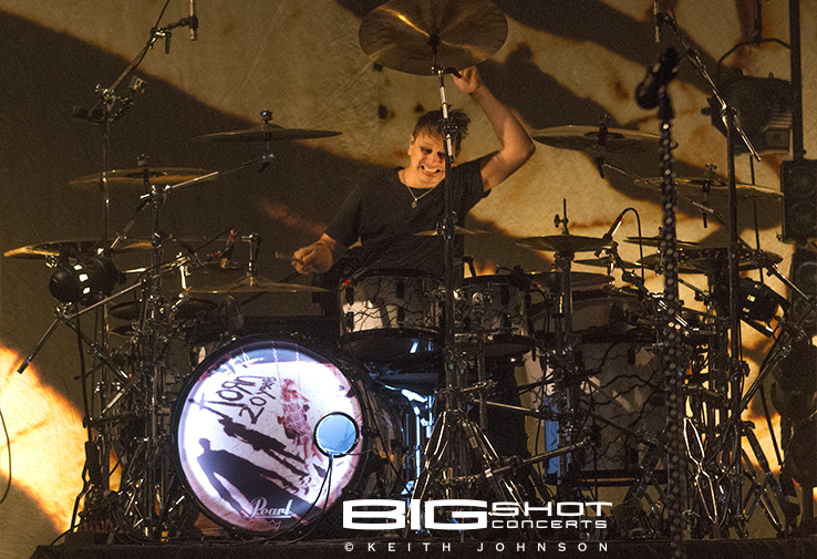 Ray Luzier of Korn playing the drums