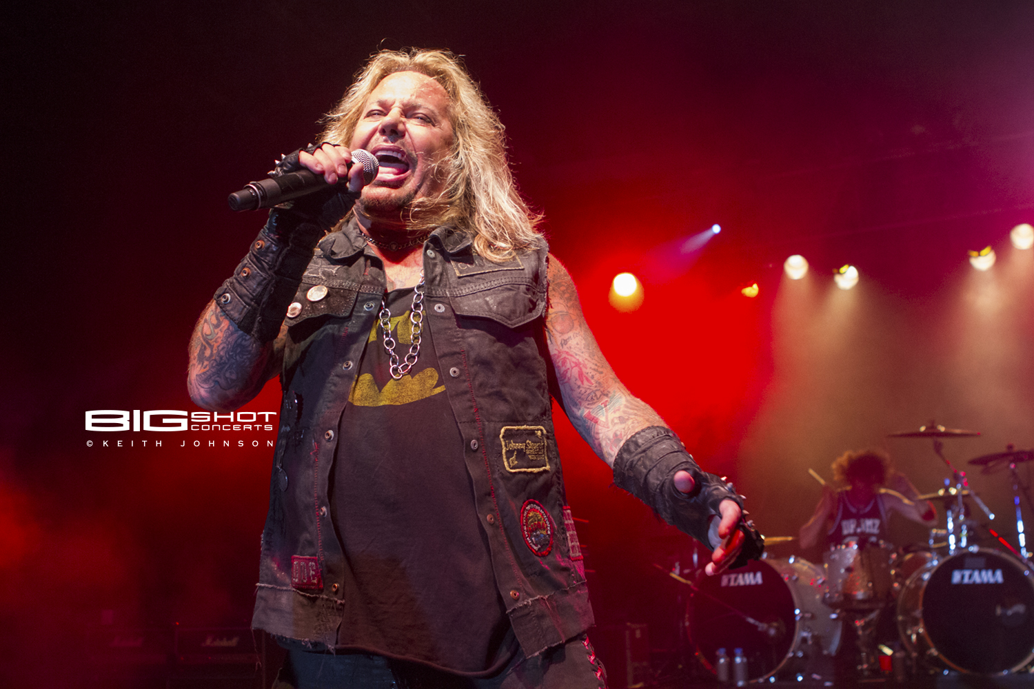 Vince Neil Concert At The Amp