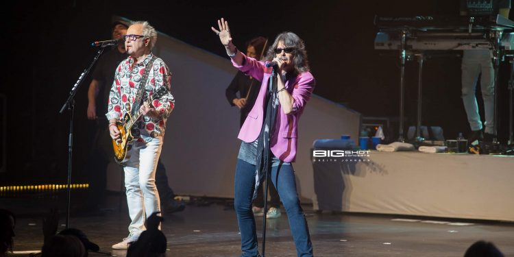 Mick Jones and Kelly Hansen of Foreigner