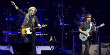 Hall & Oates and Train Tour
