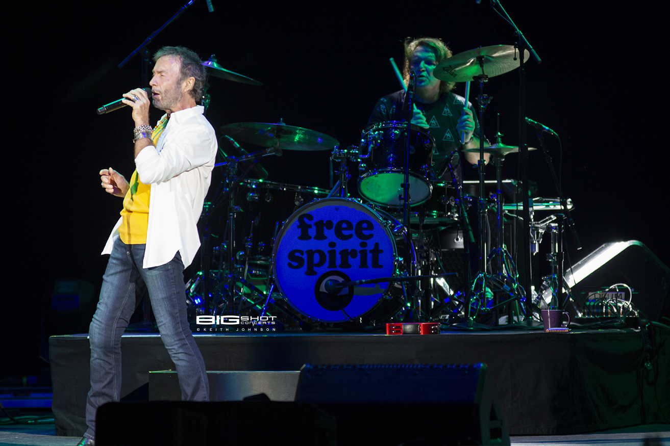 Photo of Paul Rodgers at Coral Sky Amphitheatre