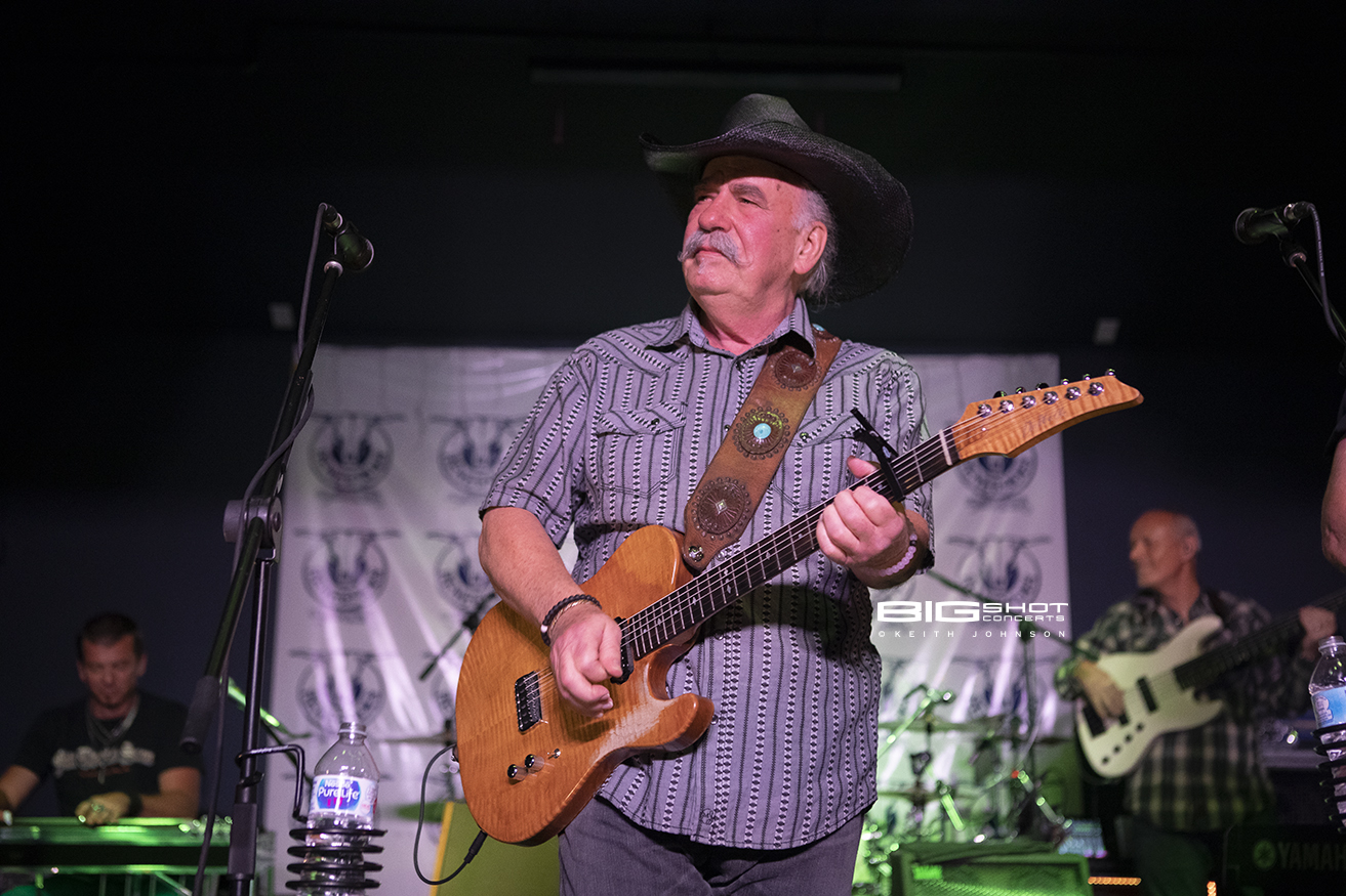 Bellamy Brothers founder, singer and guitar player.