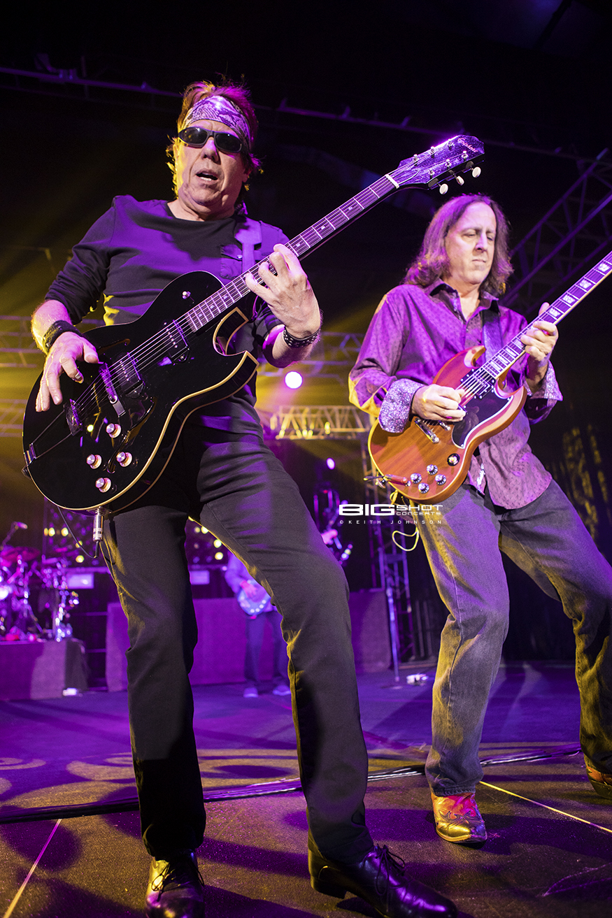 George Thorogood and Guitar Player