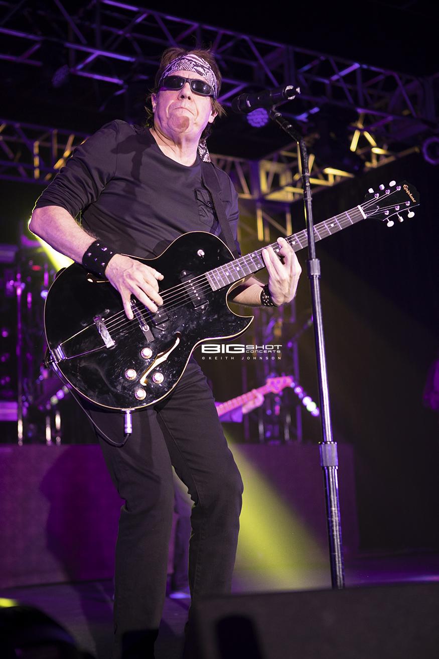 Rock Party Tour 2018 Starring George Thorogood
