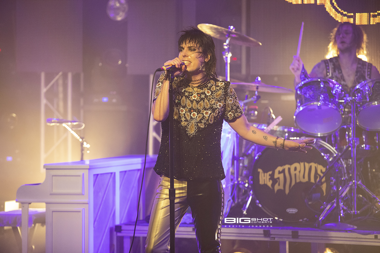 Vocalist for The Struts