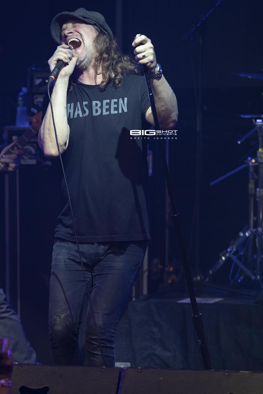 Lead Singer Kevin Martin