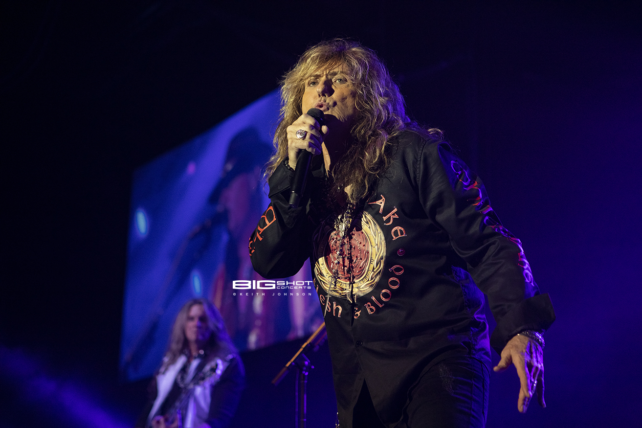 Flesh & Blood Tour - Whitesnake