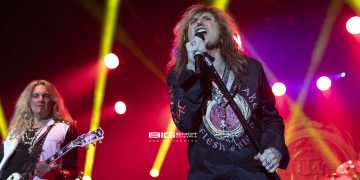 Whitesnake Flesh & Blood Tour
