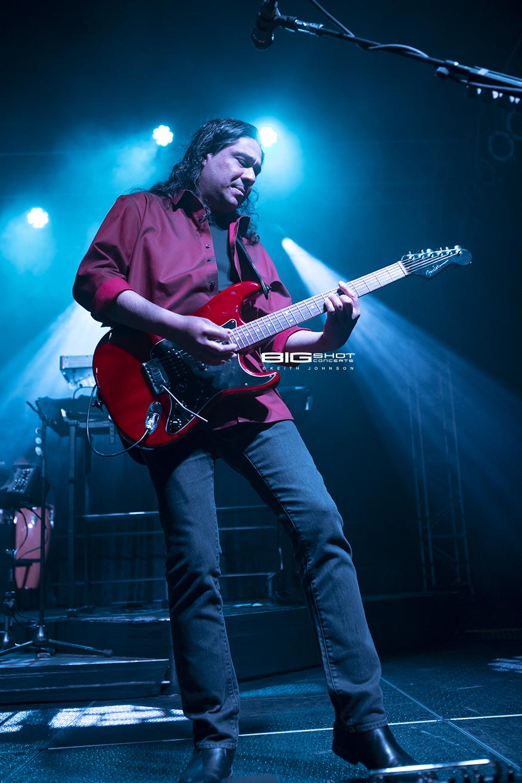 Guitar Player for Progressive Rock Band Kansas