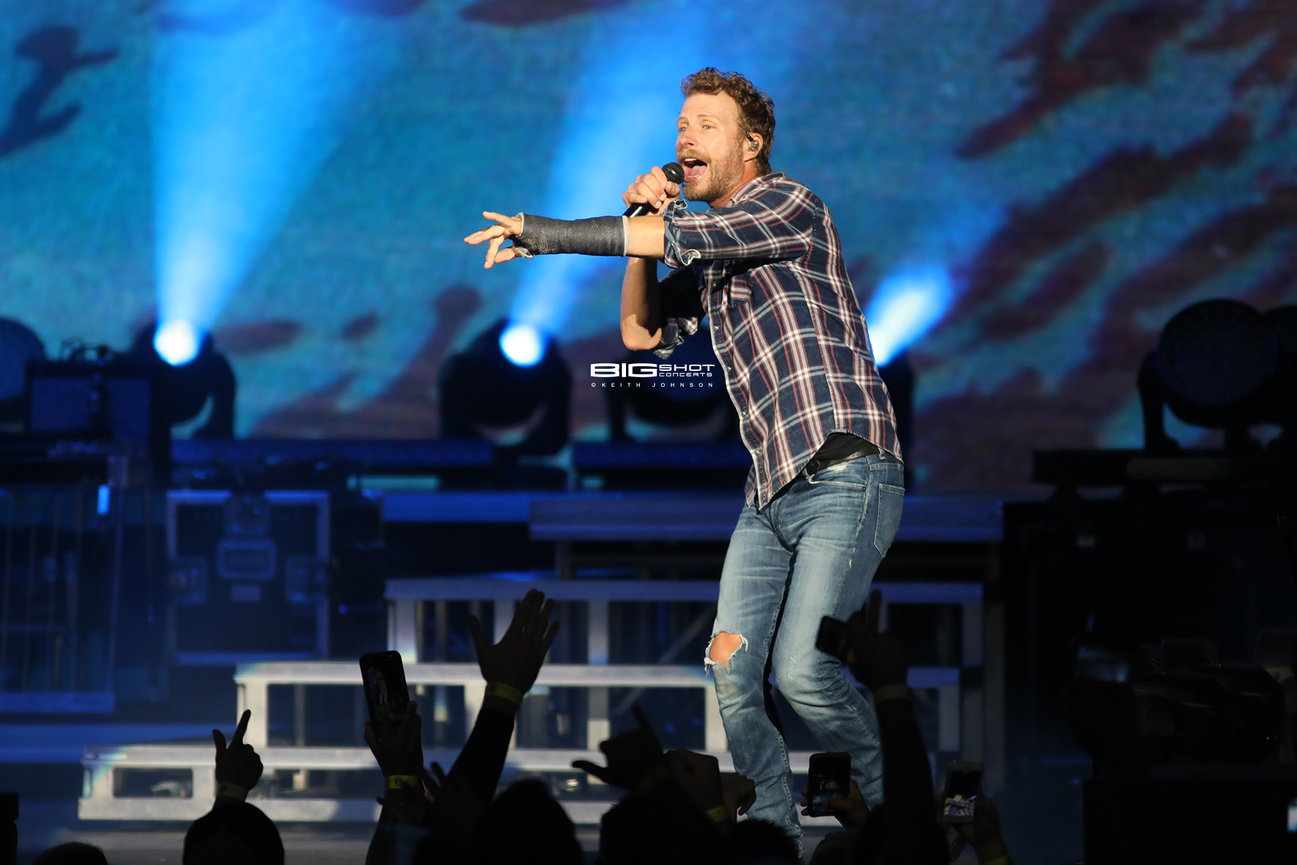 Dierks Bentley Live in West Palm Beach, Florida