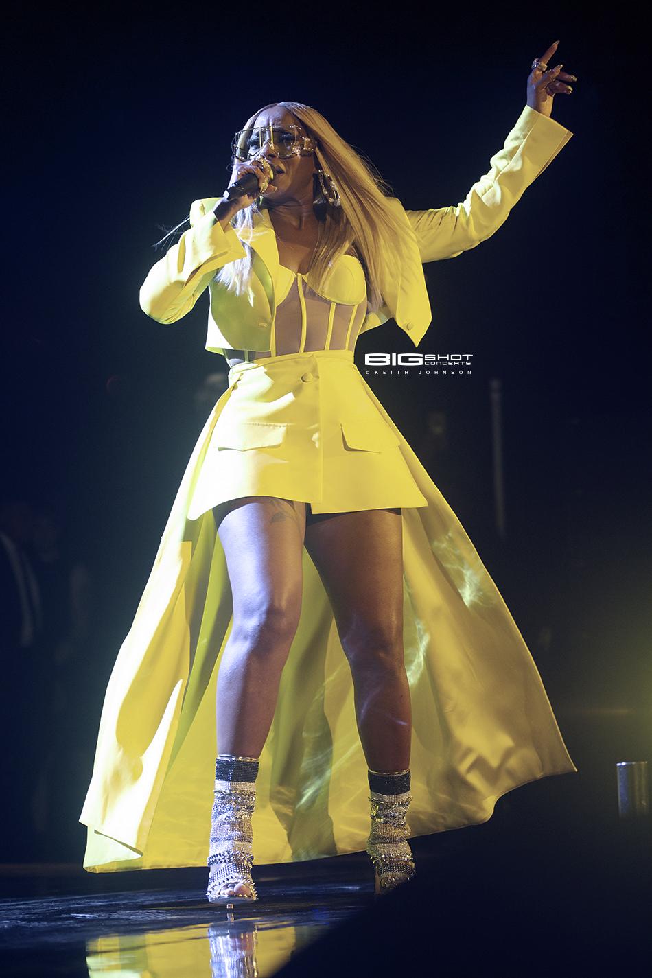 Hip hop artist Mary J. Blige - Coral Sky Amphitheatre.