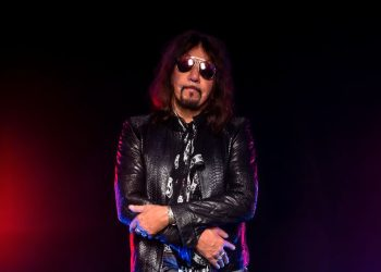 "Ace Frehley ""Space Truckin'"" Video"