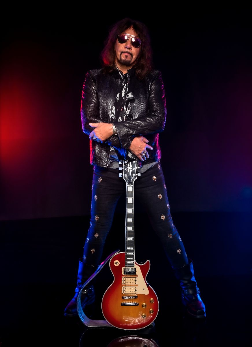 """Ace Frehley """"Space Truckin'"""" Video"""