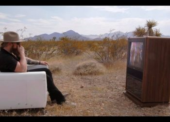 "Blacktop Mojo Video ""Signal's Gone"""