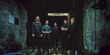 Hippotraktor full-length debut