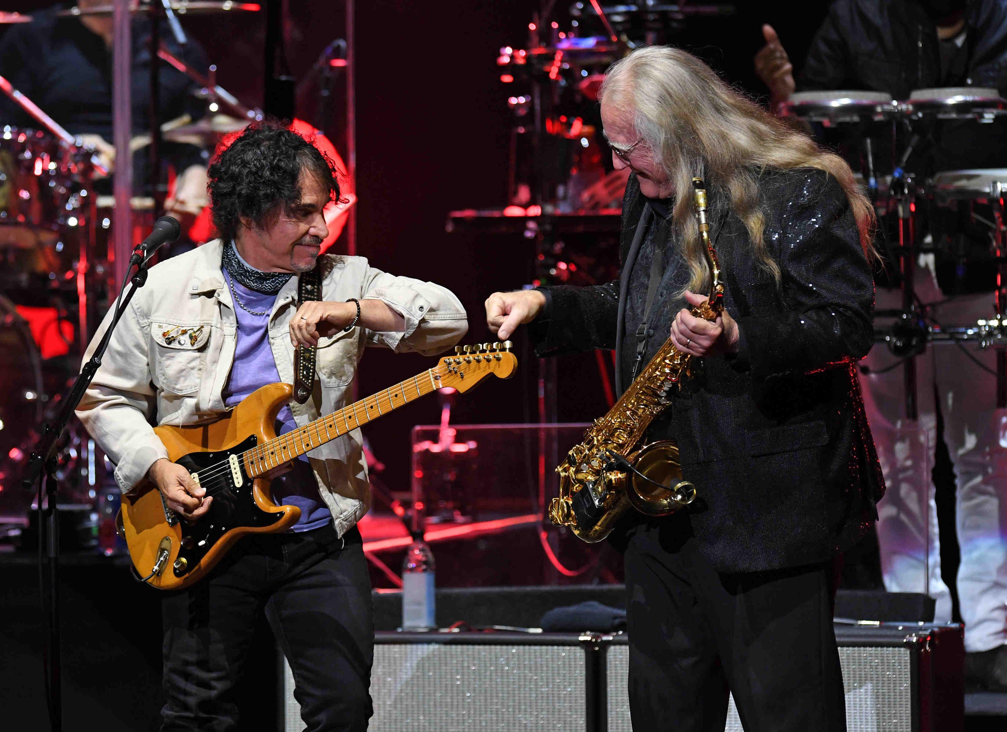 Hall and Oates in concert 2021 - Seminole Hard Rock Hotel & Casino.